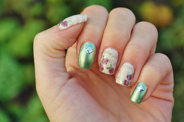 newpaper print nail art