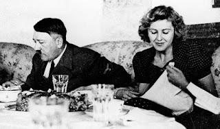 Celana Dalam Eva Braun