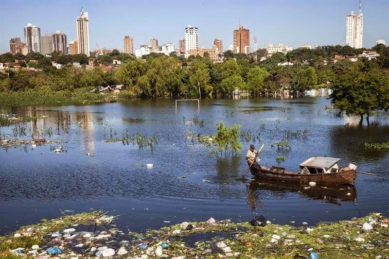 GRAVES INUNDACIONES EN PARAGUAY, 24 DE JUNIO 2014