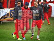 'Comando Svr' quiere juntar a Pizarro, Guerrero y Farfán para partido benéfico.