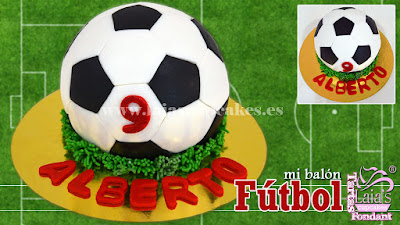 Tarta modelada fondant balón de fútbol. Laia's Cupcakes Puerto Sagunto