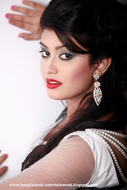 Bangladeshi actress Amrita khan