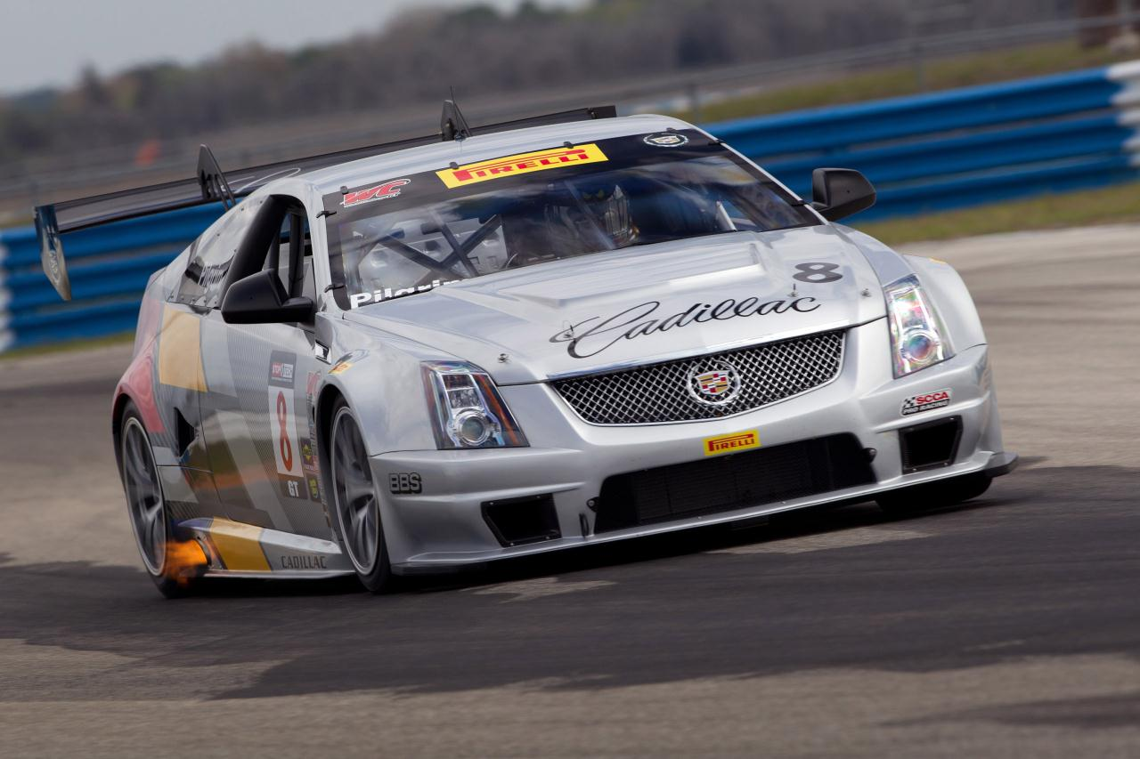 young man blog cadillac cts v coupe race car at sebring. Black Bedroom Furniture Sets. Home Design Ideas