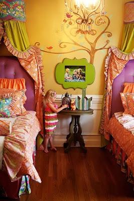 dormitorio decorado en varios colores