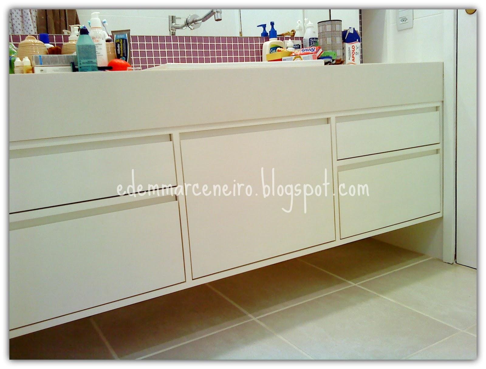 Armário para Banheiro Social  Edem Marceneiro -> Armario De Banheiro Com Puxador Embutido