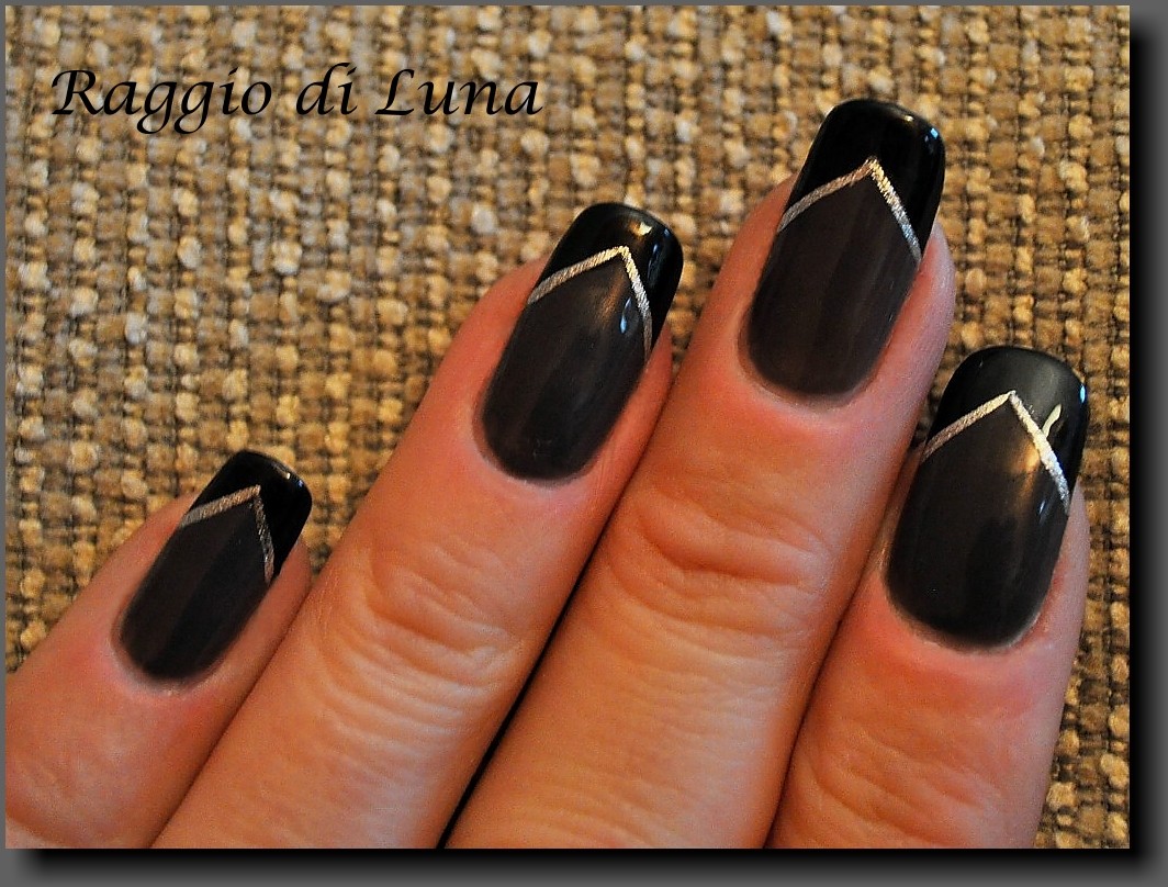 Raggio Di Luna Nails V French Manicure