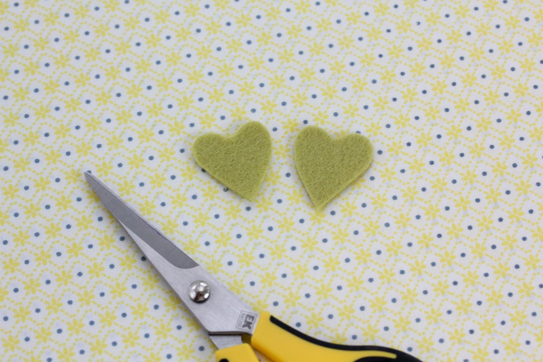 http://3.bp.blogspot.com/-1hnRDOt7_4s/TxzDeY5XFOI/AAAAAAAABmU/KJWmfDaYDIc/s1600/heart_bookmarks7.jpg