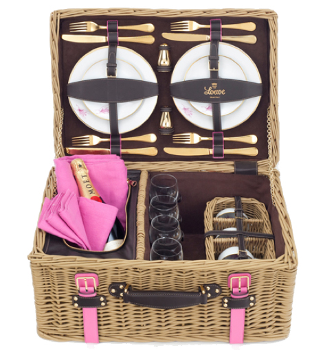 Made-to-order picnic basket from Loewe