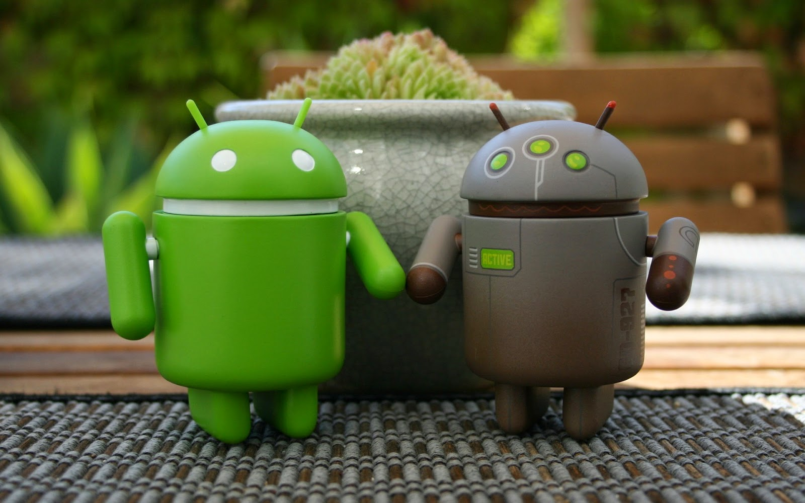 It's Now An Android World- Feel The Power