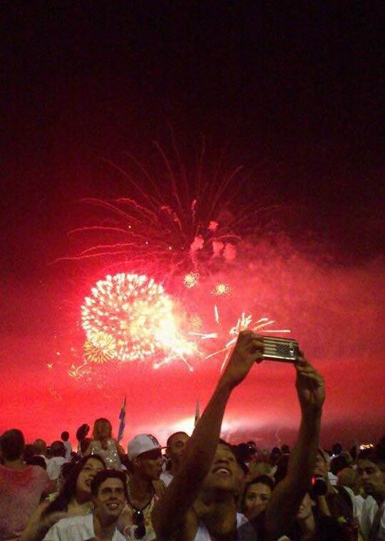 Selfie com fogos de artifício
