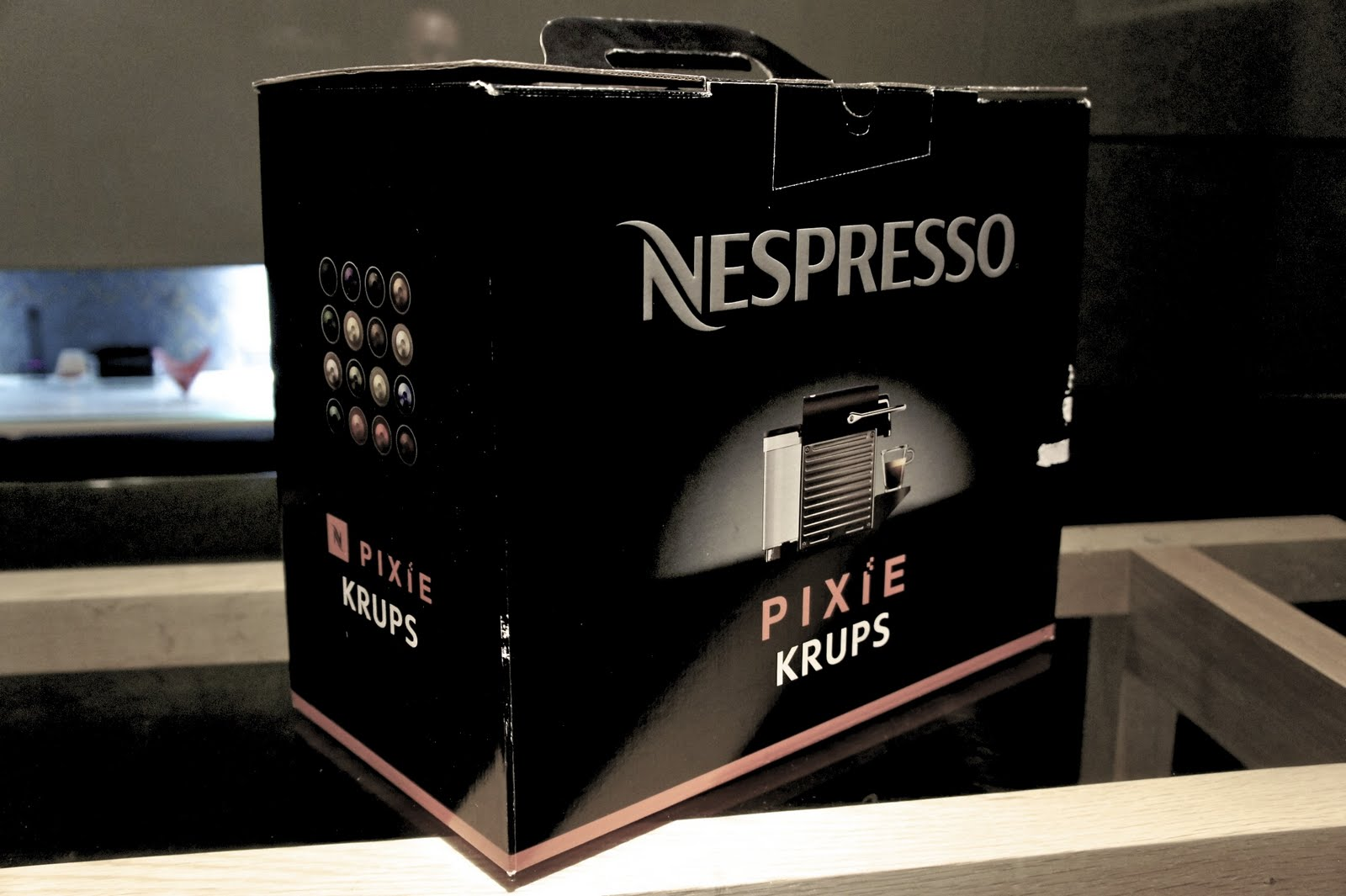 i first person singular nespresso pixie krups. Black Bedroom Furniture Sets. Home Design Ideas