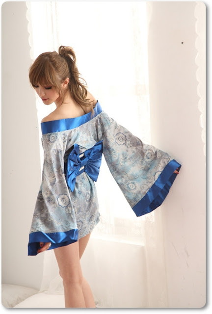 Alışveriş Fikirleri : Seksi Kimonolar