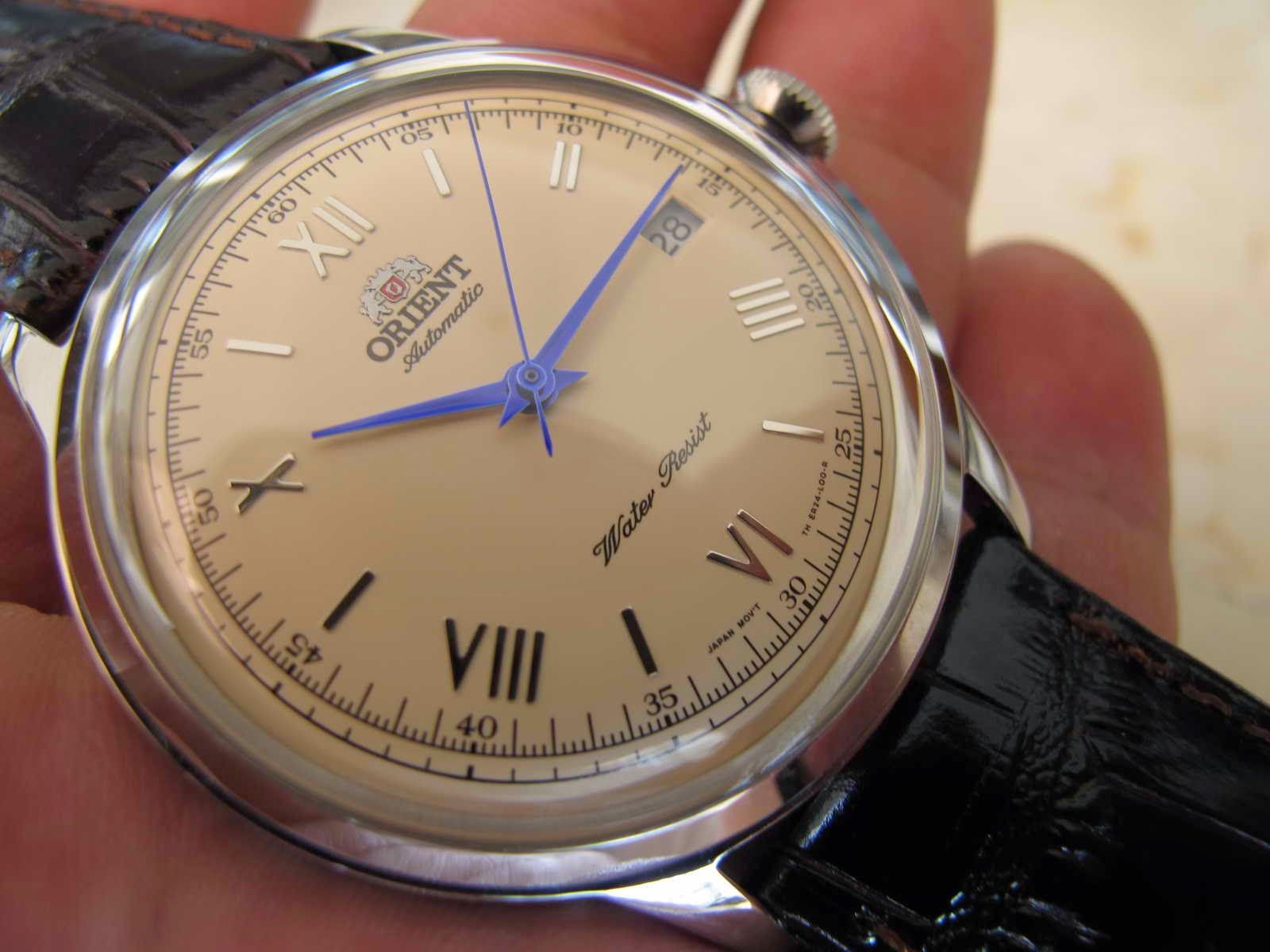 Cocok untuk Anda yang sedang mencari jam tangan dengan performa anggun automatic Japan made Roman Dial dan tentunya dengan harga terjangkau