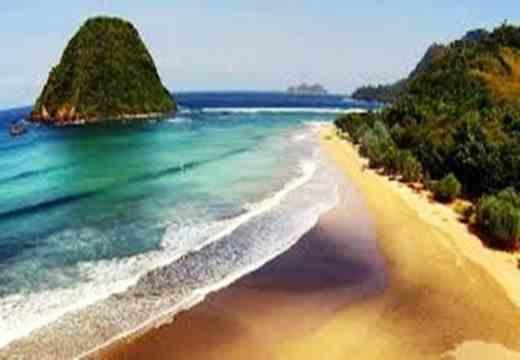 Gambar pesona keindahan pantai Pulau Merah Jawa Timur