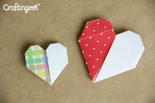 Craftingeek*: Decoraciones de amor: Corazon de papel de 2 colores