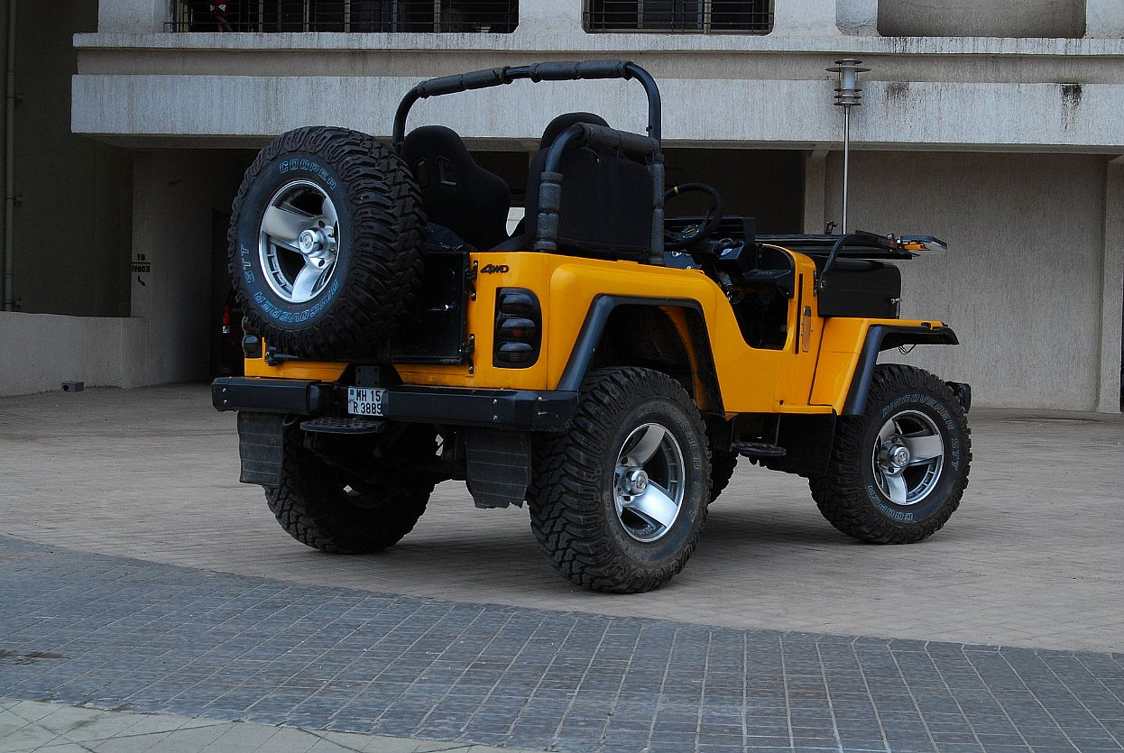 racing jeeps wallpapers nice pics gallery. Black Bedroom Furniture Sets. Home Design Ideas