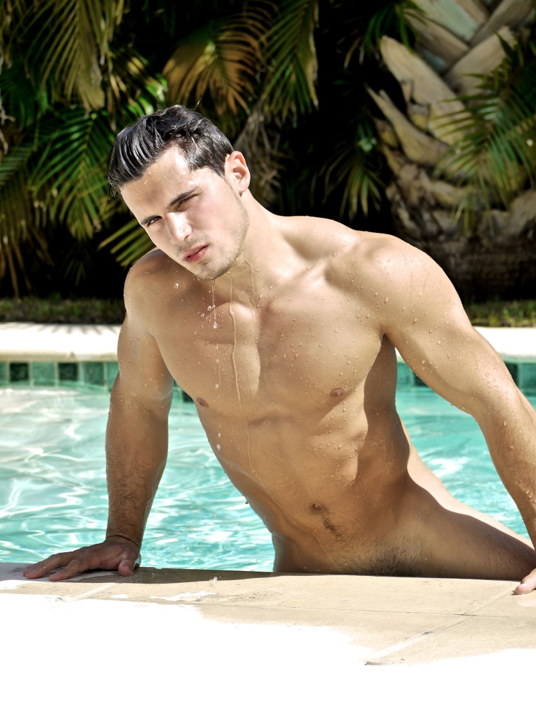 sexey men naked in pool