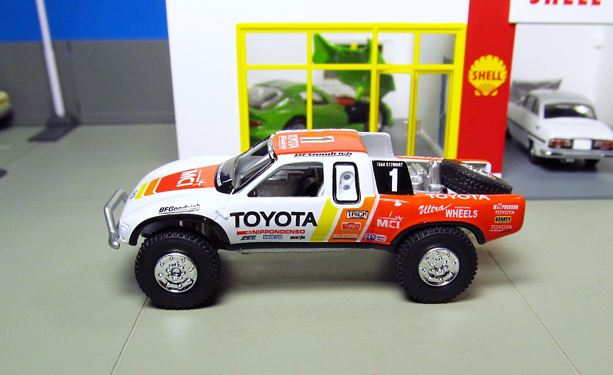 hot wheels toyota baja truck tundra mci. Black Bedroom Furniture Sets. Home Design Ideas