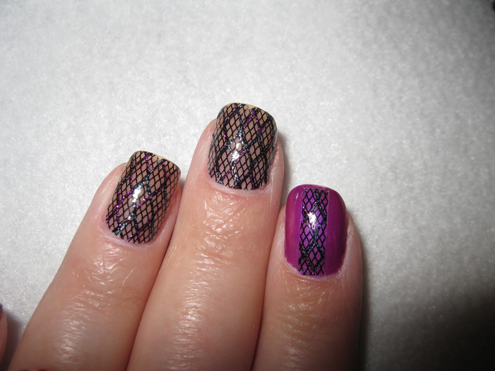 Ilana Graf Creates: Fishnet Nails