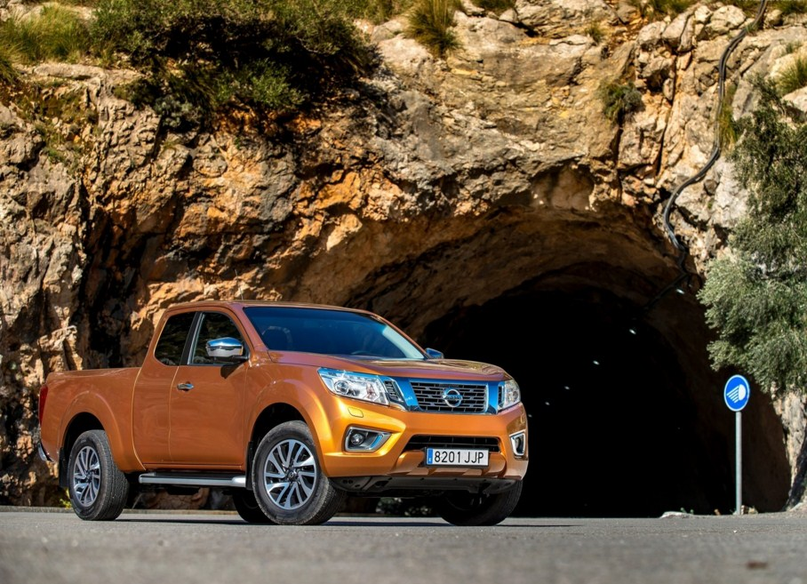 2016 Nissan Np300 Navara Car Wallpaper Hd