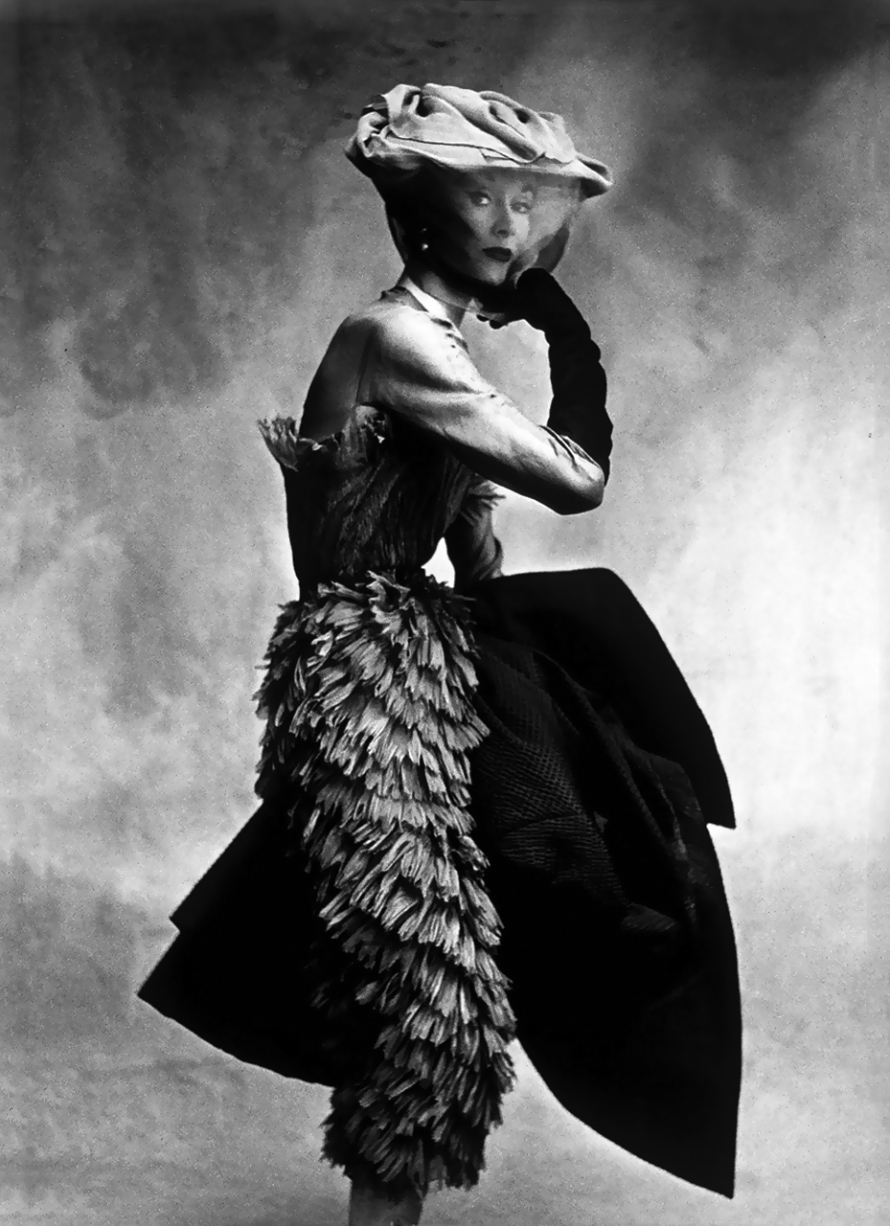 Lisa Fossangrives in Balenciaga photographed by Irving Penn for Vogue Paris September 1950 / Balenciaga books / Balenciaga Paris / via fashioned by love british fashion blog