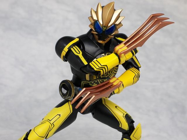 SH FiguArts Kamen Rider OOO RaToraTa Review - JEFusion