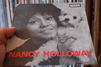 Nancy Holloway - Ne Touchez Pas A Charlie /Le Gentleman de Cocody  1965 (Decca)