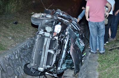 Gambar Ngeri - Kemalangan Maut Federal Highway 21 April 2013