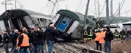 No para la mala racha: 3 muertos y más de 100 heridos por el descarrilamiento de un tren en Milán