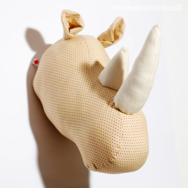 cabeza rinoceronte tela decoración interiorismo casa decoration home hecho a mano handmade rhino