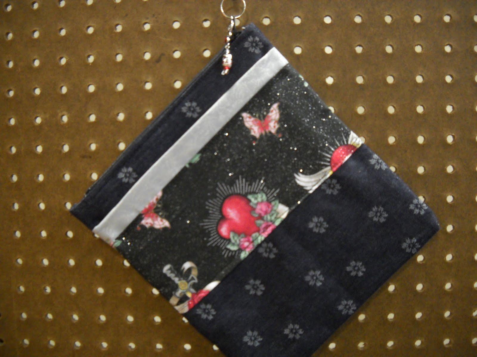 cometics bag, skull pattern