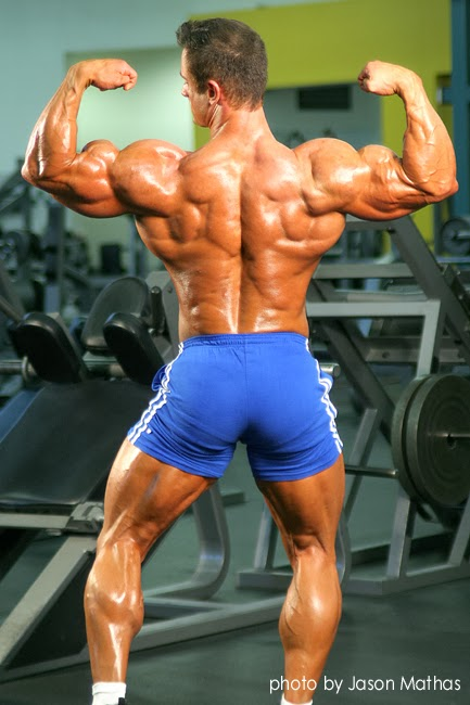 Daily Bodybuilding Motivation: Bodybuilder Dan Decker