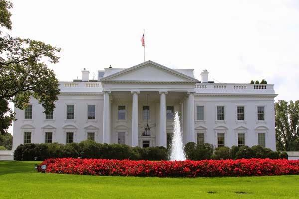 اعتقال رجل قفز فوق سياج البيت الأبيض