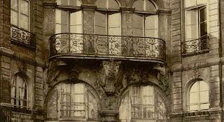 Balcon sur cour du 27 rue Lhomond à Paris vers 1900, photo de Atget