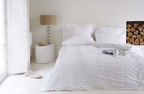 LIVING WHITE ON WHITE HOME DESIGN - Home for Living: LIVING WHITE ON ...