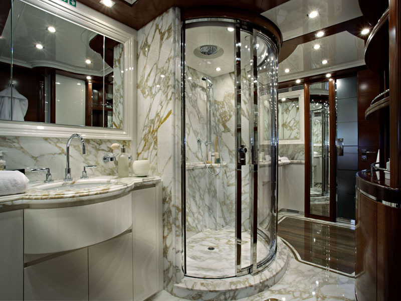 Small luxury bathroom design for Luxury toilet design