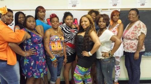 mustat naiset