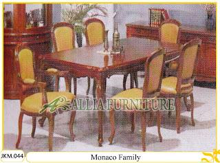 Kursi dan Meja Makan Ukiran Kayu Jati Monaco Family