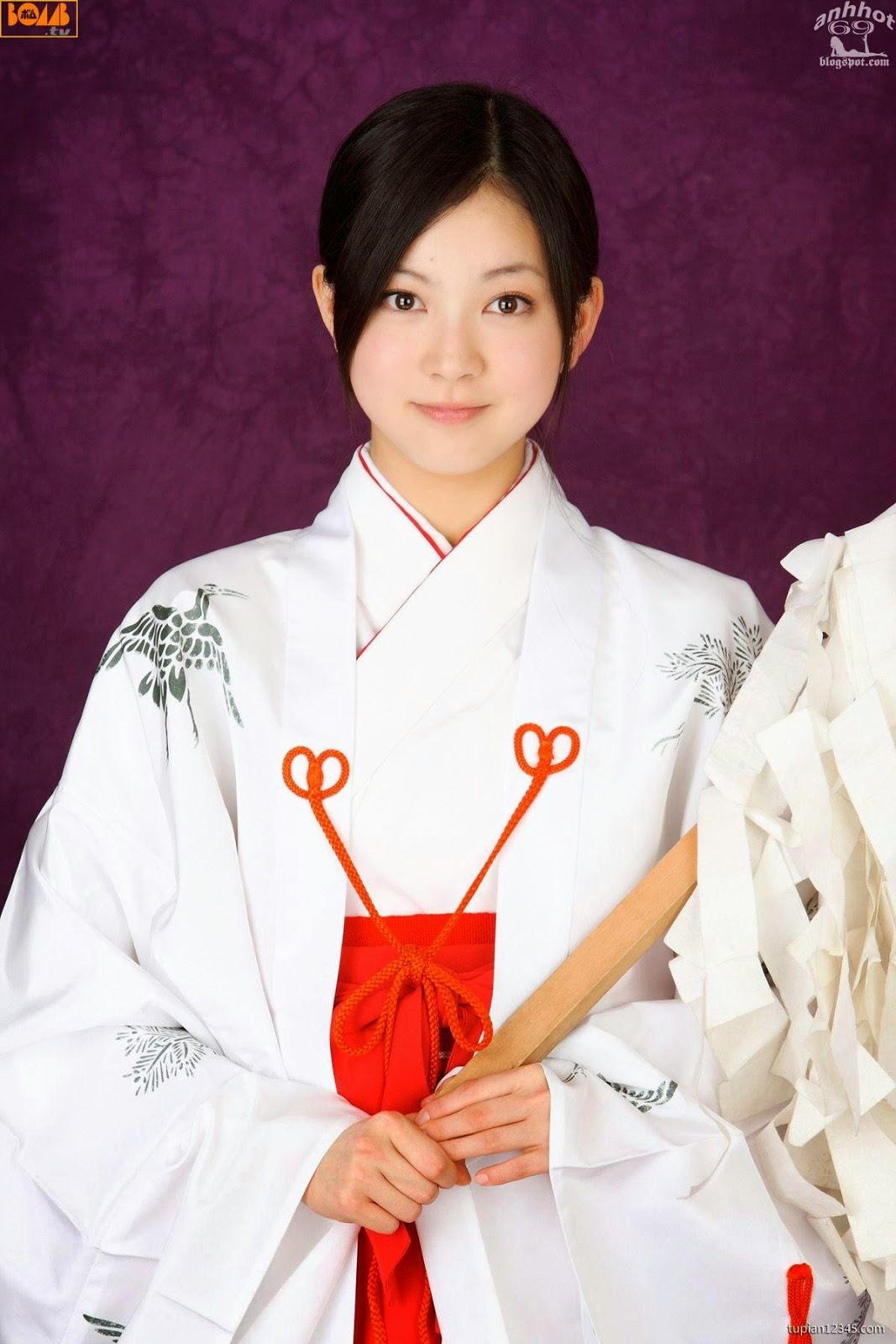 maari-nakashima_1-110F5105459