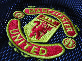 Blue Manchester United FC Uniform Logo Close Up HD Wallpaper