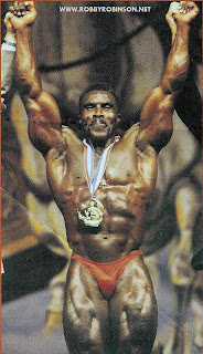ROBBY ROBINSON - MR OLYMPIA 1994 MASTERS, ABSOLUTE WINNER