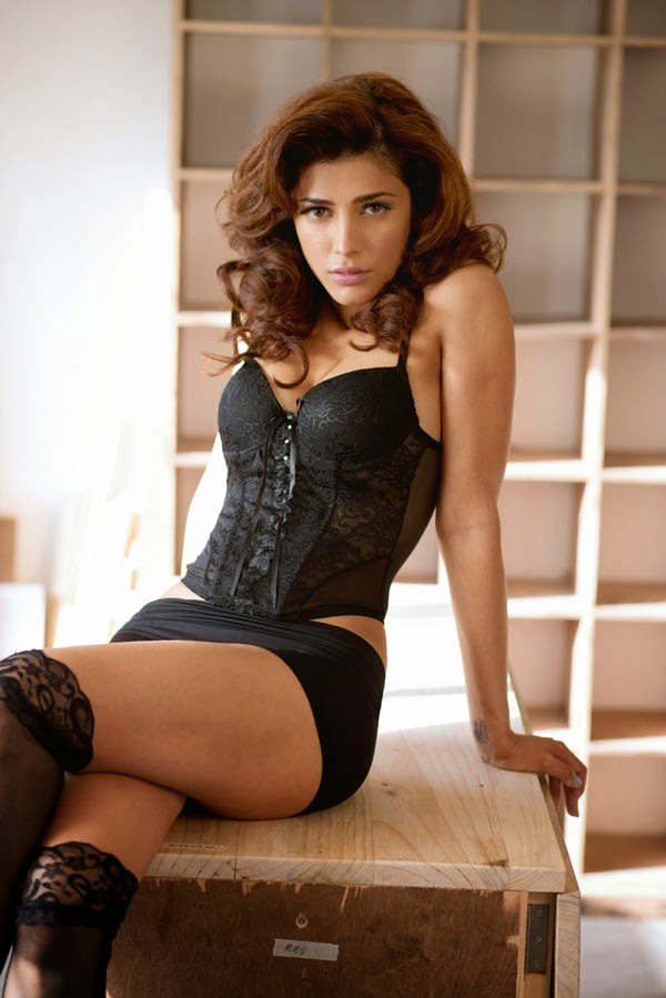 Shruti Haasan Hot and sexy Photoshoot for Maxim India May 2013