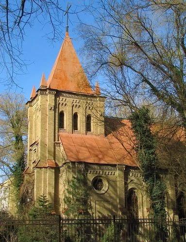 uzbekistan art history tours, uzbekistan churches, tashkent buildings