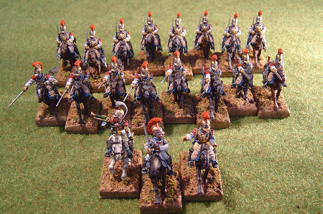 Vue d'ensemble. Régiment à 4 escadrons de 4 figurines, plus l'encadrement (étendard non encore peint)