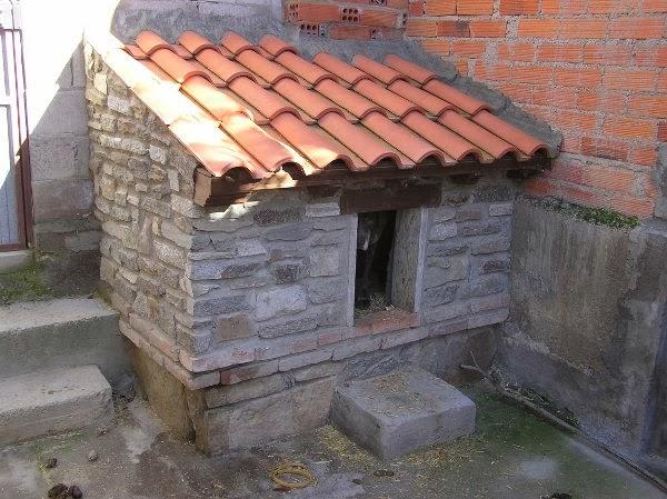 Patrimonio popular artesano jubilado jos antonio rom n - Como hacer una caseta de obra ...