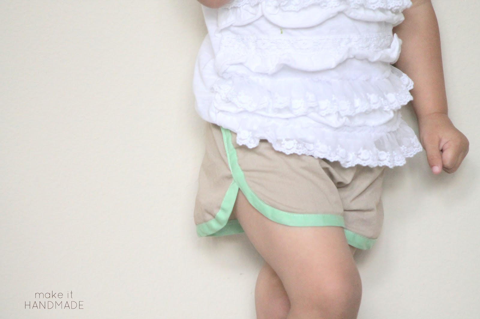 KID Shorts Pattern Review and Giveaway! Girls Racer Shorts