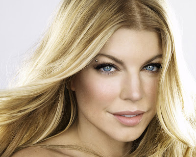 Fergie Cute Wallpaper