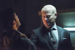 Arrow Season 4 Episode 1 Green Arrow