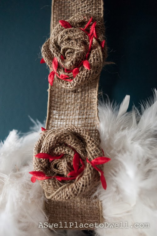 Feather and burlap wreath.  #christmas #burlap #wreathhop