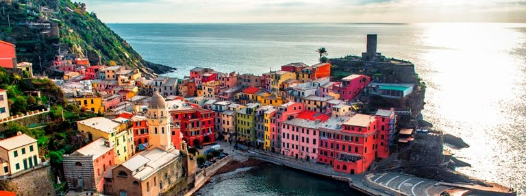 Colorful Cities in Vernazza, Italy
